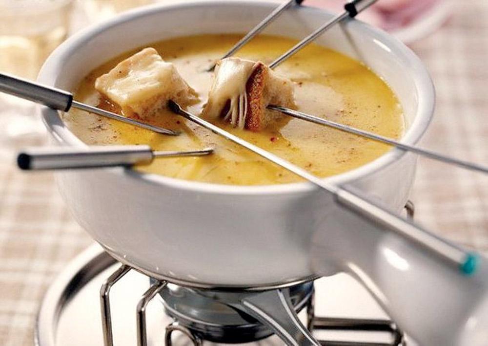 Как приготовить фондю с сыром в домашних условиях 879