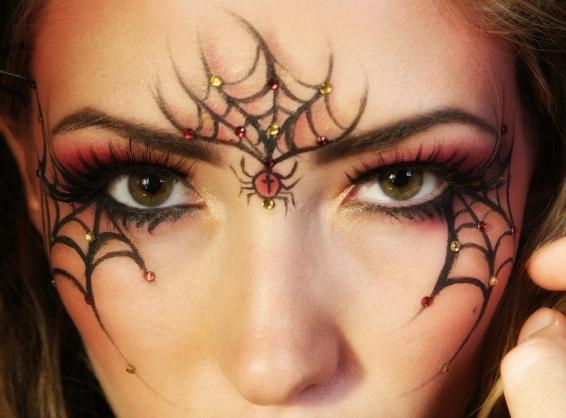 Чем накрасить лицо на хэллоуин в домашних условиях